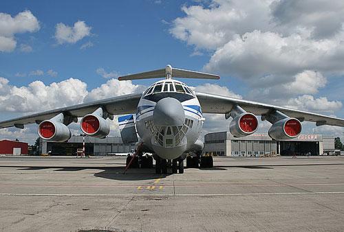 Над Луганским аэропортом сбит самолет ИЛ-76