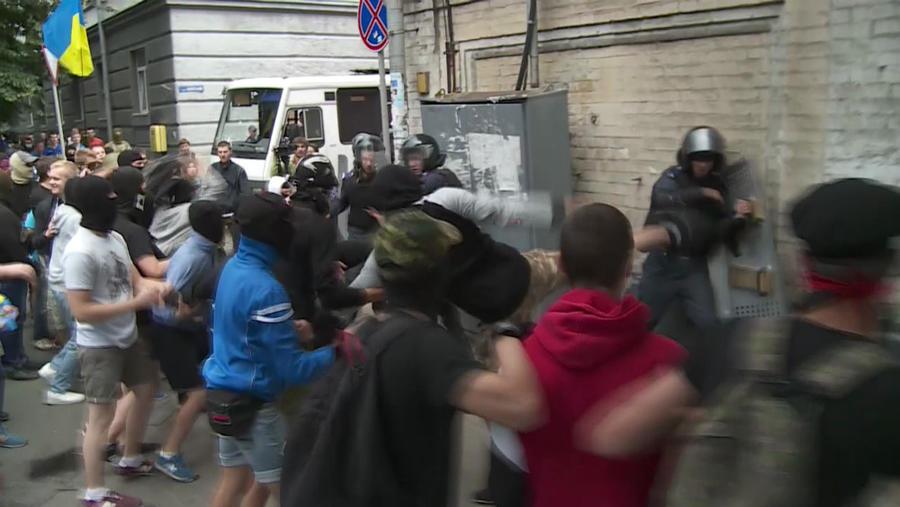 В Киеве избили мелиционеров