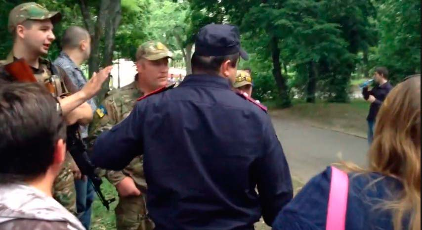 Харьковчане прогнали боевики батальона Слобожанщина