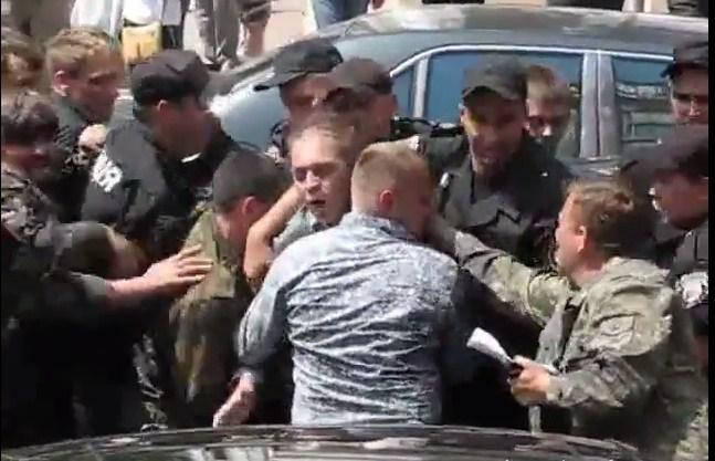 избили депутата ВР Пашинского