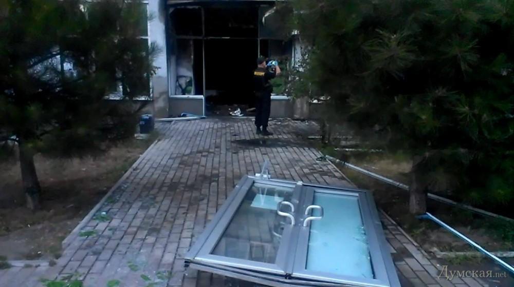 В Одессе взорвали два отделения ПриватБанка