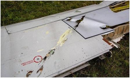 Фото 19. Повреждения плоскости Boeing 777