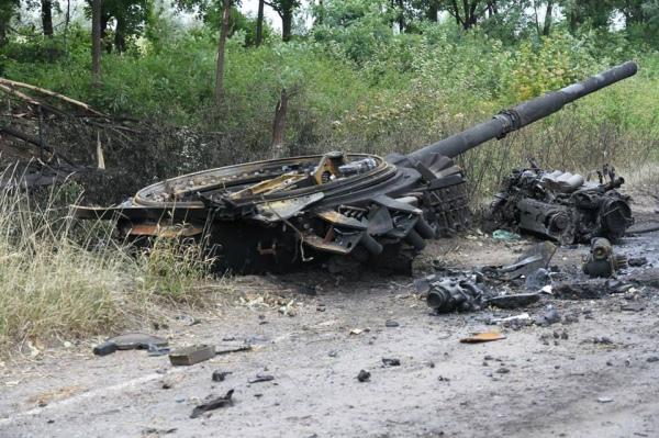 Видео разбитой украинской техники в Лутугино, Георгиевка, Новосветловка