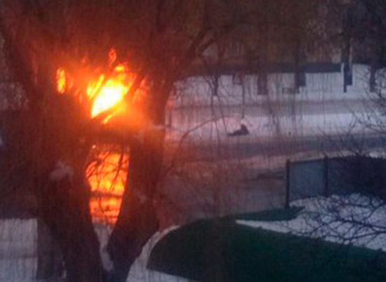 Донецке снаряд попал в автобус, 3 погибших