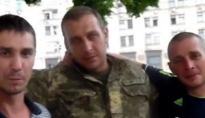 Пьяные бойцы ВСУ в Киеве