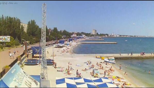 """Веб-камера online в Феодосии: """"Пляж Камешки"""""""