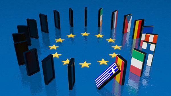 Standard & Poor's понизил рейтинг Евросоюза до негативного