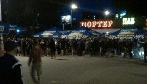 драка в Киеве, между ультрас Динамо и болельщиками Легии