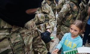 """Милитаризация жизни детей в """"ДНР"""" и """"ЛНР"""""""
